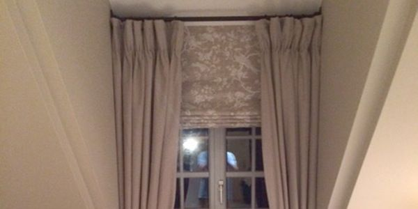 Curtain in alcove