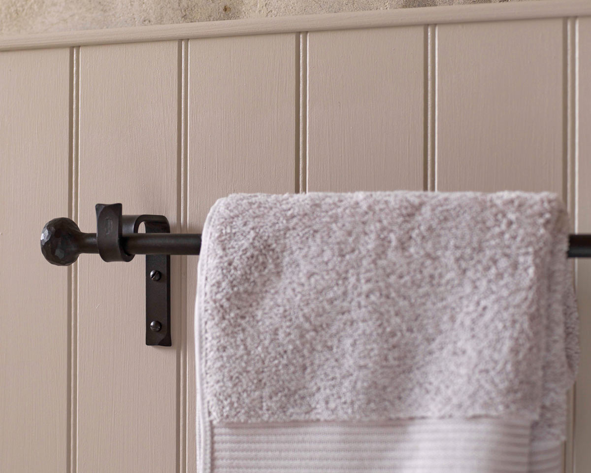 Kitchen Towel Rail In Wrought Iron